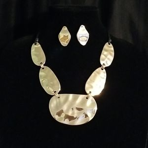 Waxed Cord Hammered  Metal Necklace Set